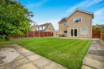 4 Bedrooms Detached House for sale in Norwood Road, Somersham, Huntingdon, Cambridgeshire