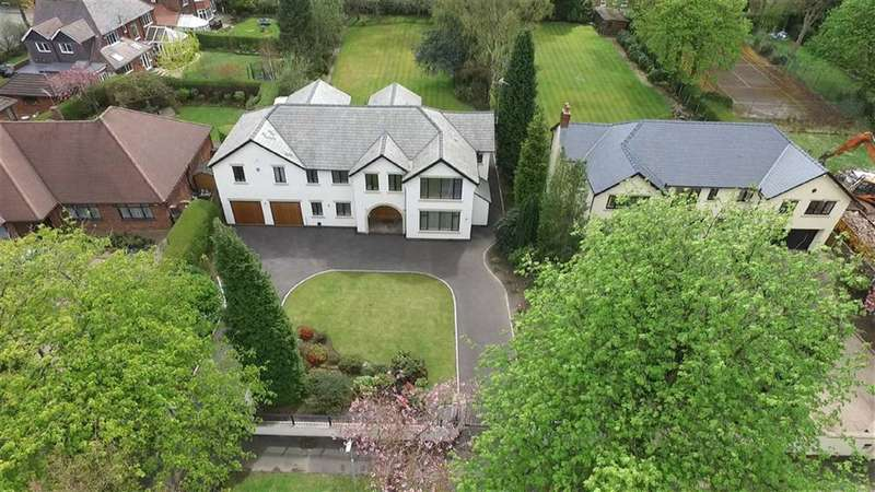 5 Bedrooms Property for sale in BROADWAY, Bramhall, Stockport, Cheshire, SK7
