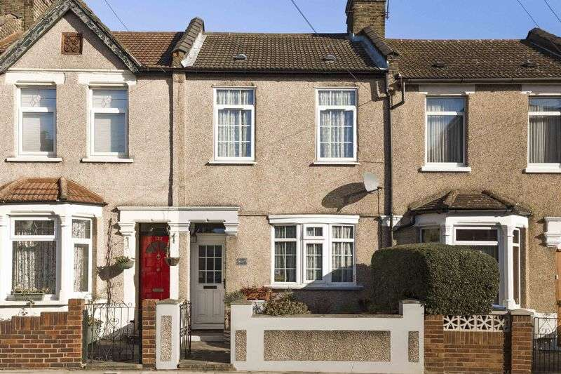 2 Bedrooms Terraced House for sale in Lincoln Road, Enfield