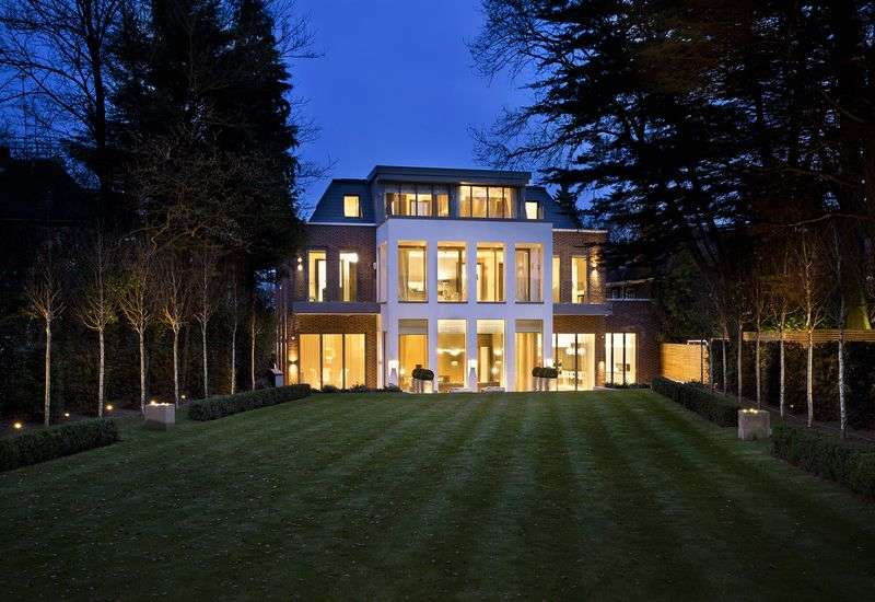 8 Bedrooms Detached House for sale in Hampstead Lane, London