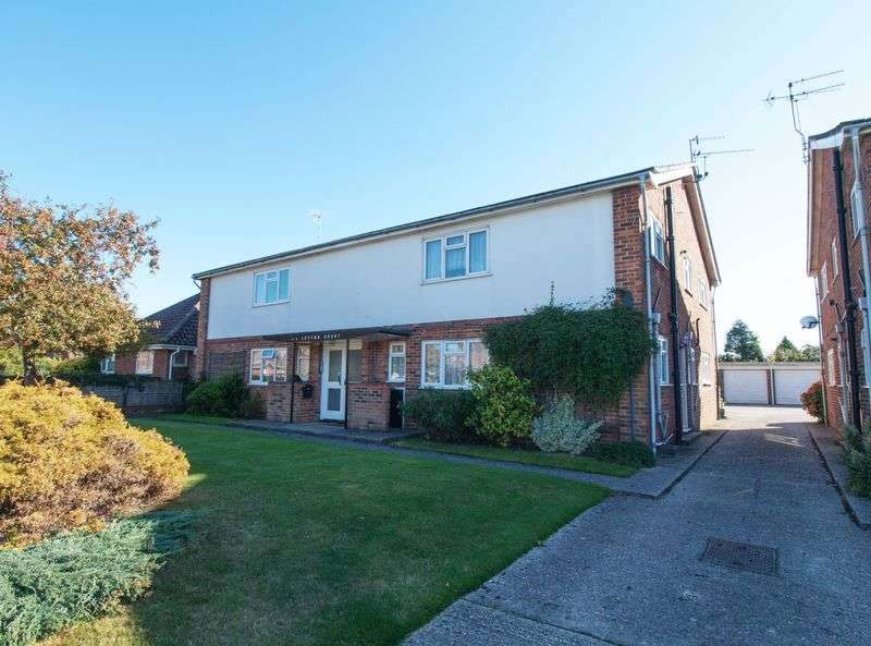2 Bedrooms Flat for sale in Felpham South, West Sussex