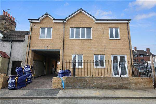 1 Bedroom Apartment Flat for sale in Cheshunt Place, Cheshunt Road, Nuxley Village, Belvedere