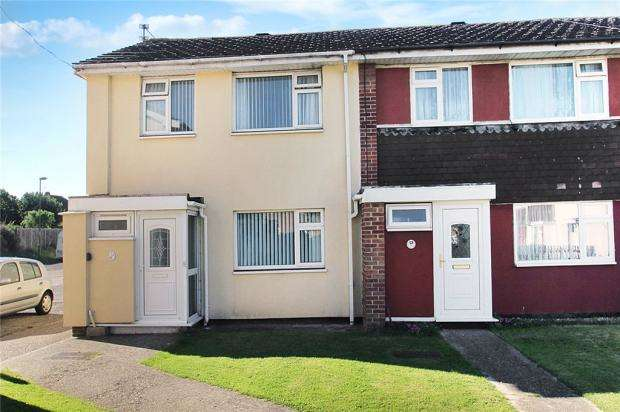 3 Bedrooms Terraced House for sale in Potters Mead, Littlehampton, West Sussex, BN17