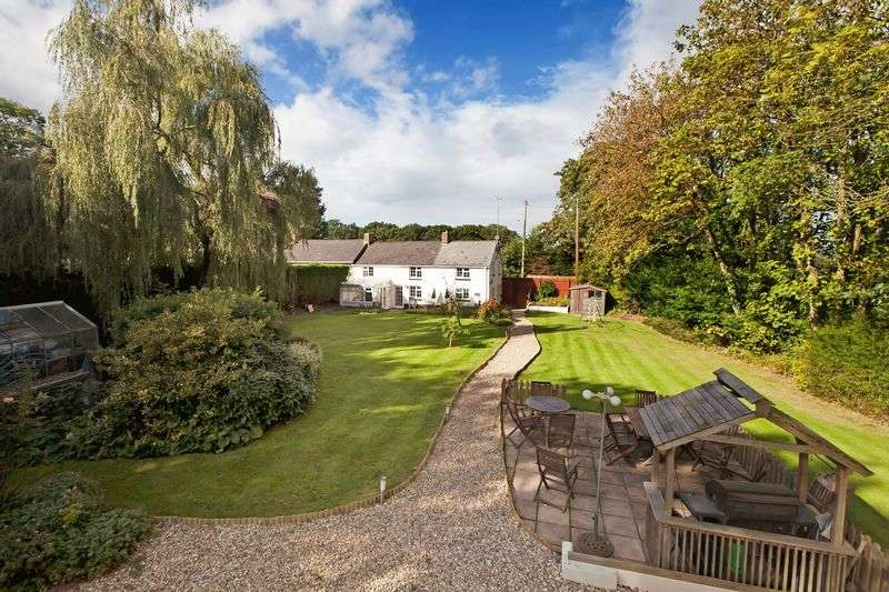 3 Bedrooms Cottage House for sale in Uffculme, Cullompton