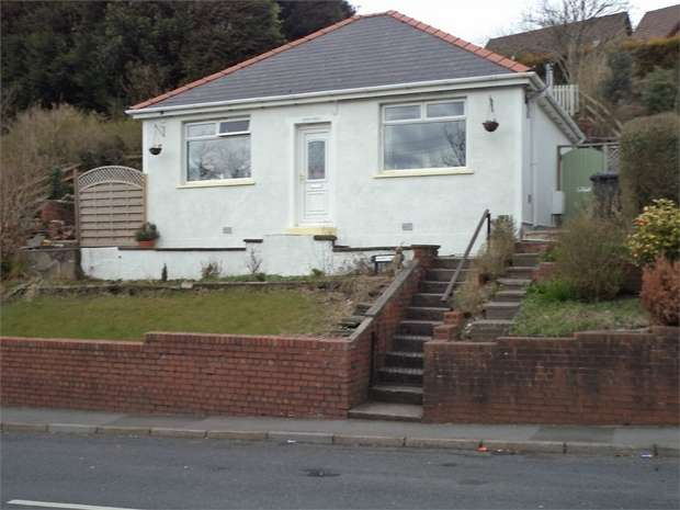2 Bedrooms Detached Bungalow for sale in Beaufort Hill,, Beaufort, EBBW VALE, Blaenau Gwent
