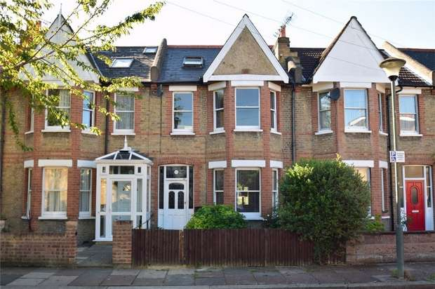 3 Bedrooms Terraced House for sale in Ailsa Avenue, St Margarets