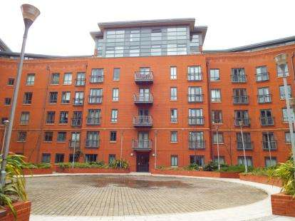 1 Bedroom Flat for sale in 64 Ellesmere Street, Manchester, Greater Manchester