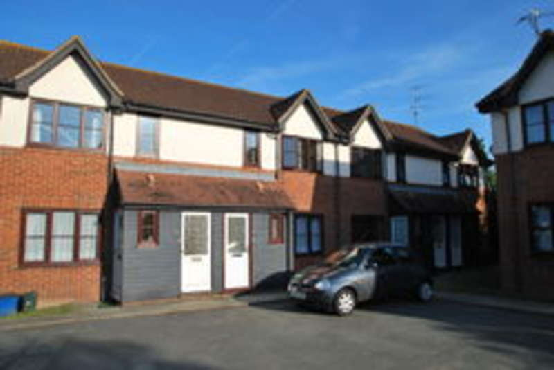 1 Bedroom Flat for sale in Princes Avenue, Southminster