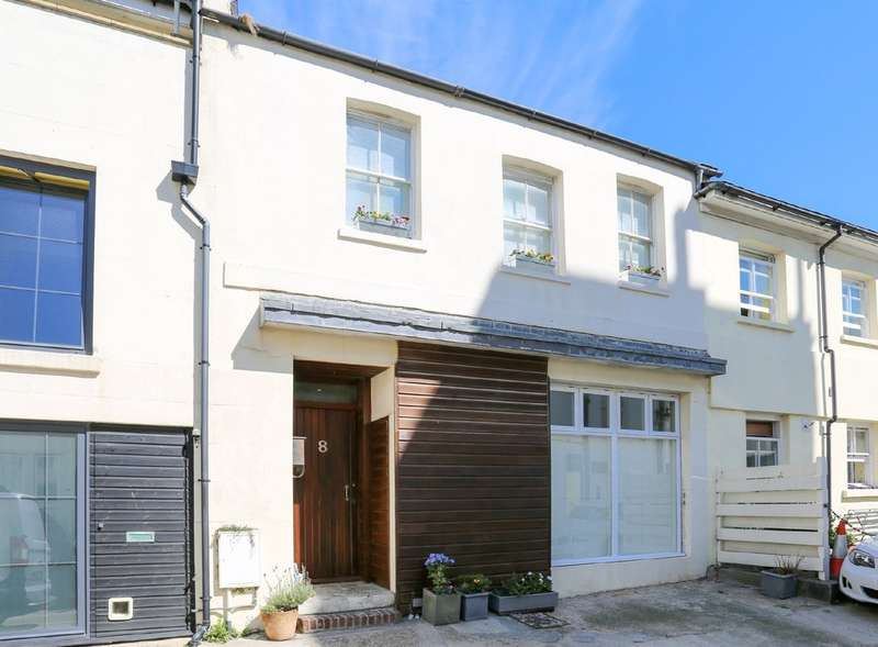 3 Bedrooms Mews House for sale in Brunswick Street West, Hove