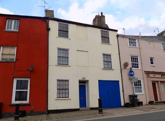 3 Bedrooms Terraced House for sale in Grade II listed mid terraced family home in Paignton