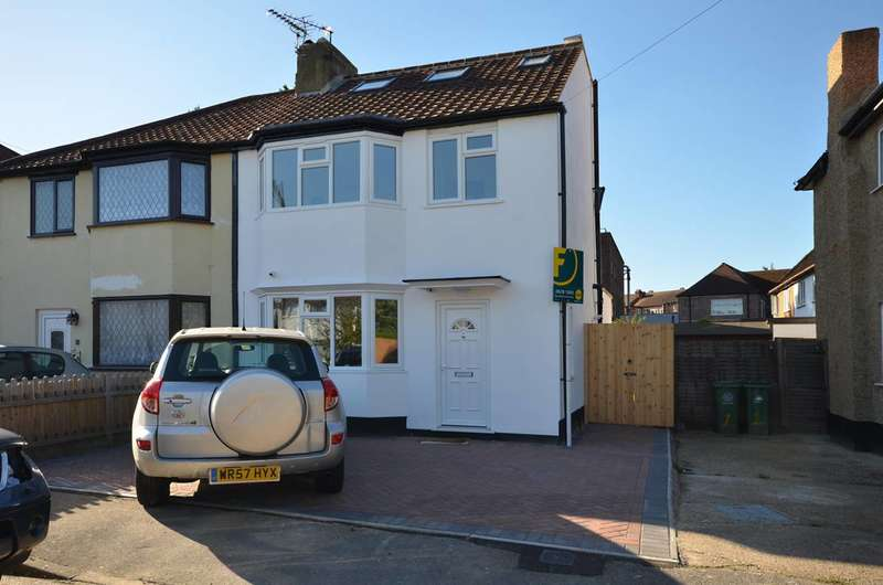 4 Bedrooms House for sale in Beverley Gardens, Worcester Park, KT4