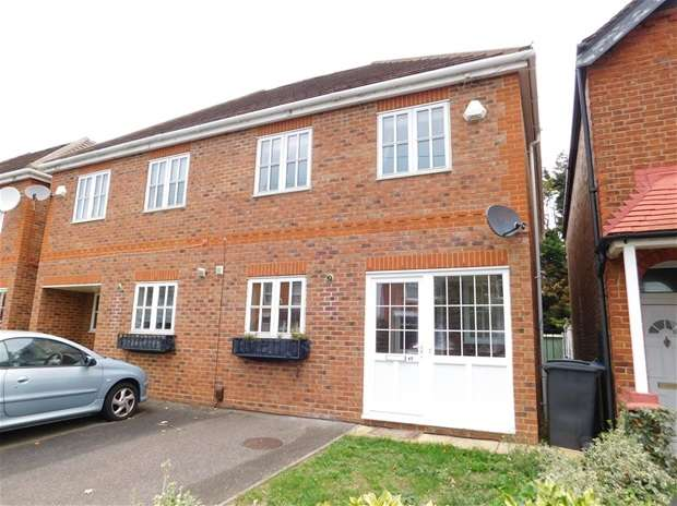 5 Bedrooms Semi Detached House for sale in Ravenscar Road, Surbiton
