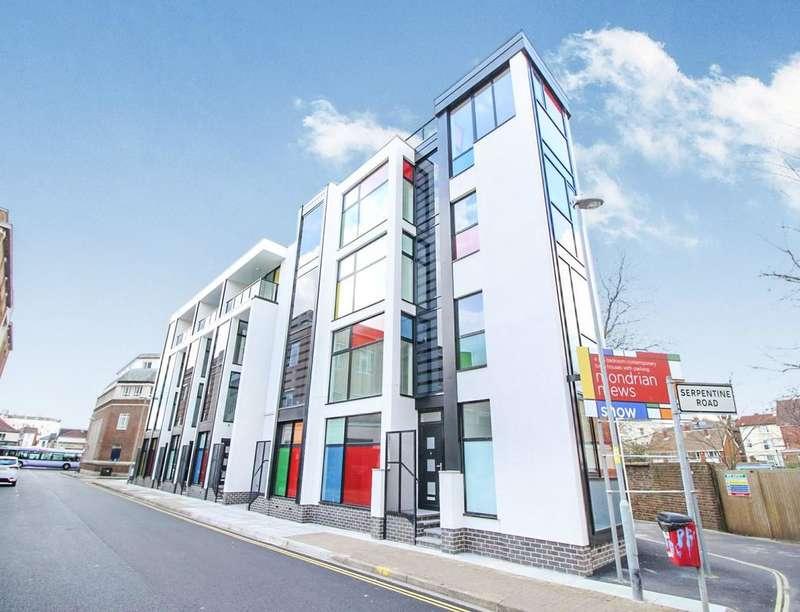 5 Bedrooms Property for sale in Mondrian Mews Portland Road, Southsea, PO5