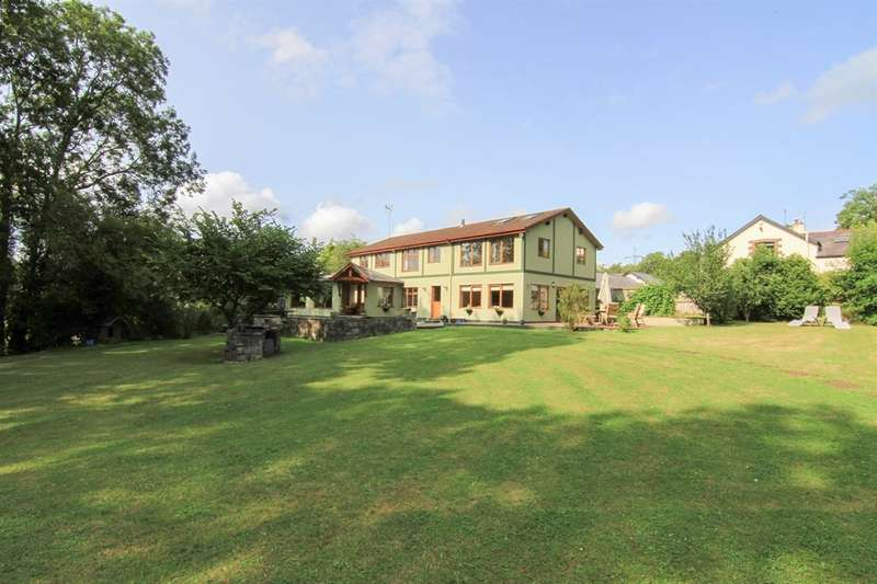 5 Bedrooms Detached House for sale in Cefnfiodh Home Farm, Cefn Mably, Cardiff