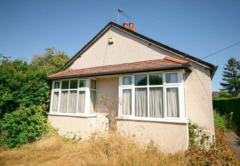 3 Bedrooms Detached Bungalow for sale in Burnham -