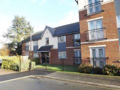 2 Bedrooms Flat for sale in Appleshaw Close, Knaresborough, North Yorkshire