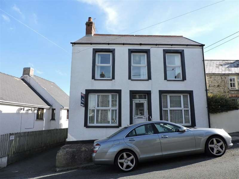 3 Bedrooms Property for sale in Wallis Street, Fishguard