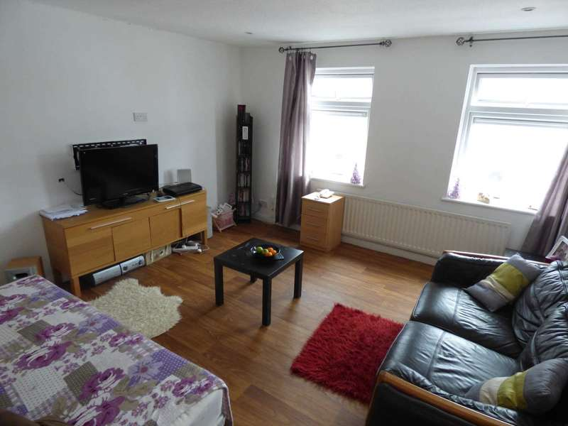 2 Bedrooms Apartment Flat for sale in Wellington Court
