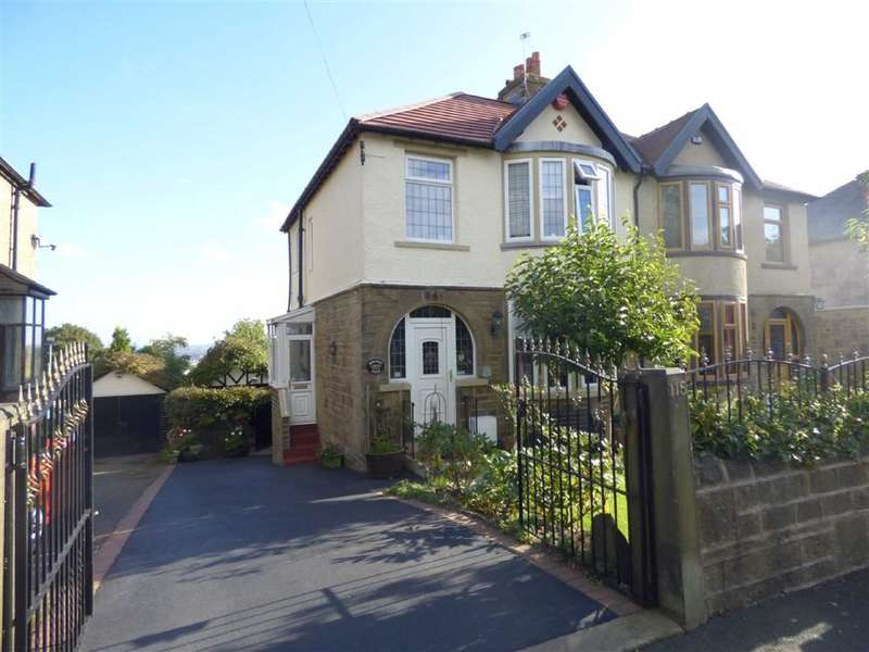 4 Bedrooms Property for sale in Dryclough Road, Beaumont Park, HUDDERSFIELD, West Yorkshire, HD4