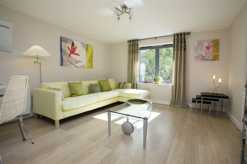 2 Bedrooms Property for sale in Nether Street, Beeston, Nottingham
