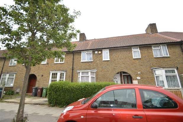 2 Bedrooms House for sale in Hedgemans Road, Dagenham