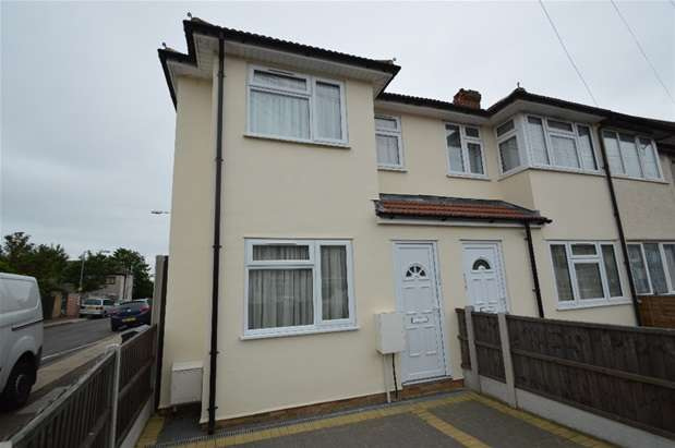 3 Bedrooms House for sale in Beam Avenue, Dagenham