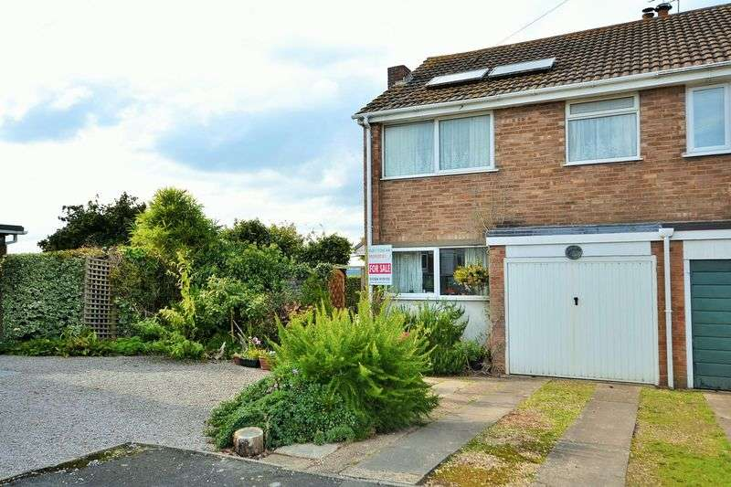 3 Bedrooms Semi Detached House for sale in Manor Road, Worcester