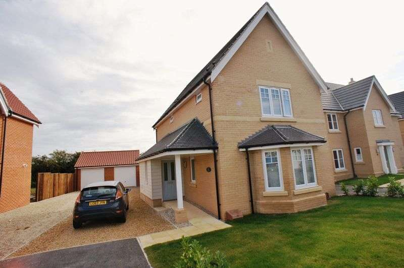 3 Bedrooms Detached House for sale in Abrey Close, Great Bentley, Colchester