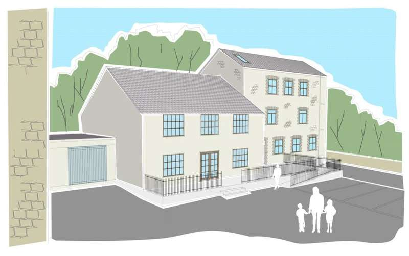 2 Bedrooms Flat for sale in Blowing House Hill, St Austell, Cornwall