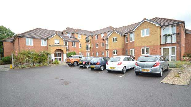 1 Bedroom Retirement Property for sale in Wyatt Court, Yorktown Road, Sandhurst