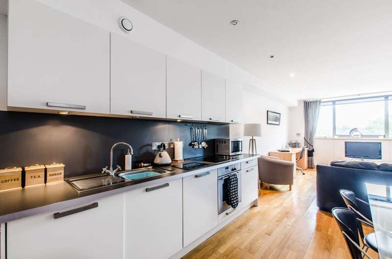 1 Bedroom Flat for sale in Kentish Town Road, Camden, NW1