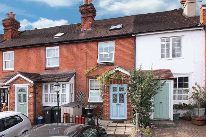 1 Bedroom Terraced House for sale in Smarts Lane, Loughton
