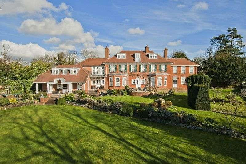 7 Bedrooms Detached House for sale in Sandy Lane, Northwood, Middlesex
