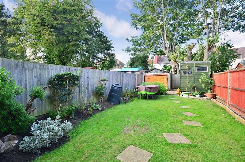 3 Bedrooms Terraced House for sale in Orchard Road, Sutton, Surrey