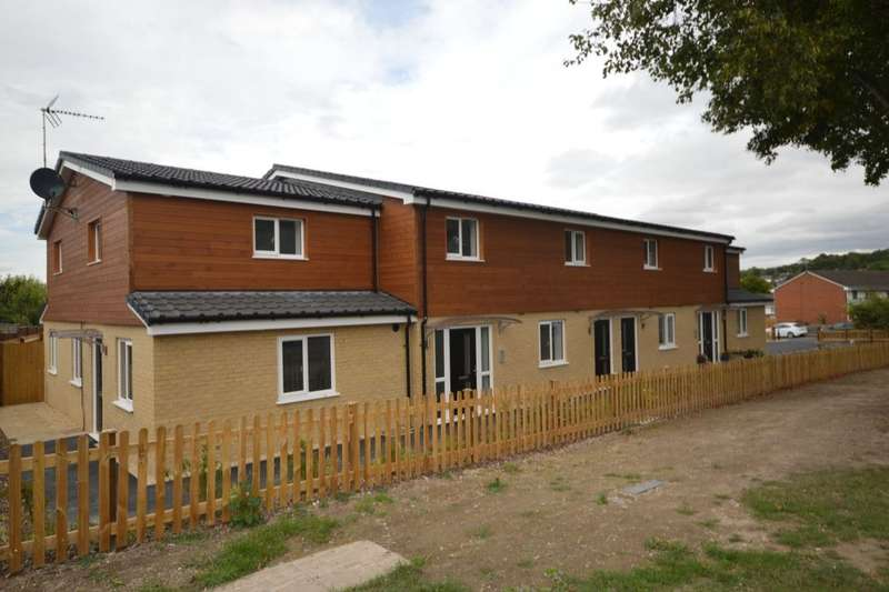 2 Bedrooms Flat for sale in Sycamore Court South End Road, Andover, SP10