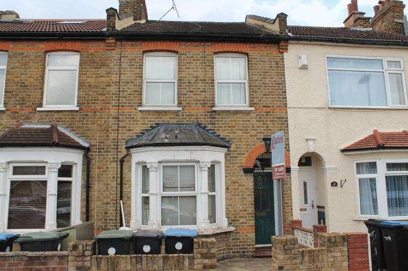 3 Bedrooms Terraced House for sale in Beaconsfield Road, Enfield