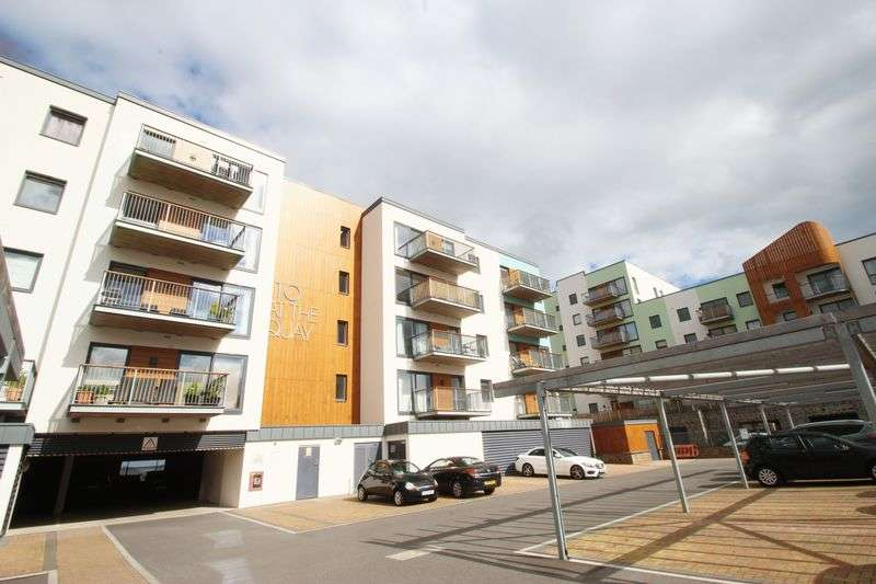 2 Bedrooms Flat for sale in Newfoundland Way, Bristol