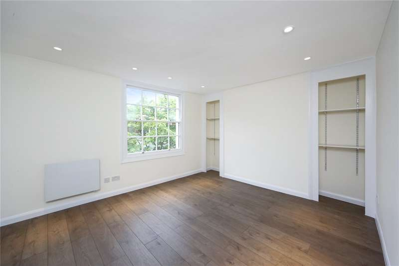 2 Bedrooms Flat for sale in Parkway, London, NW1