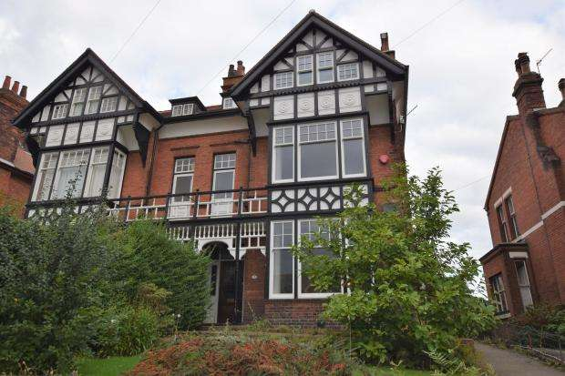 5 Bedrooms Semi Detached House for sale in Stepney Road, Scarborough, North Yorkshire YO12 5BN