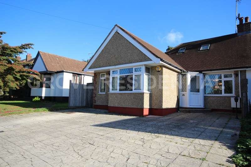 2 Bedrooms Bungalow for sale in The Close , Radlett, Hertfordshire. WD7 8HA