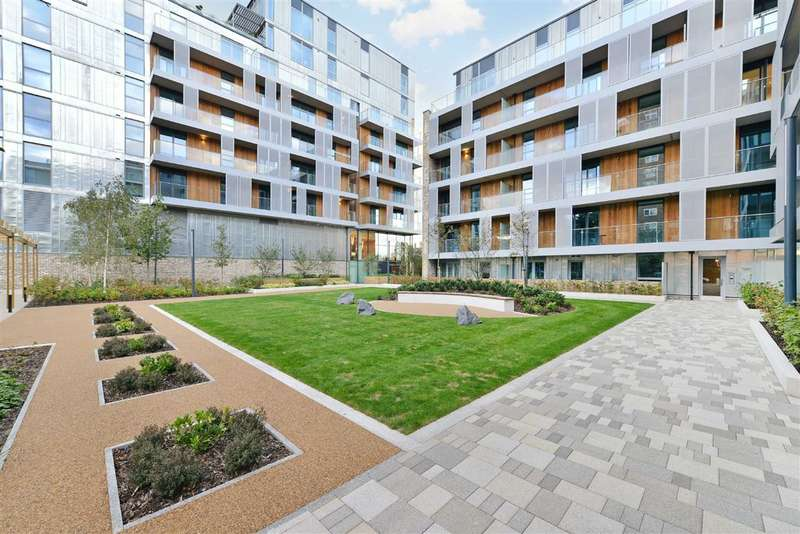 2 Bedrooms Flat for sale in Queens Park Place, London, NW6