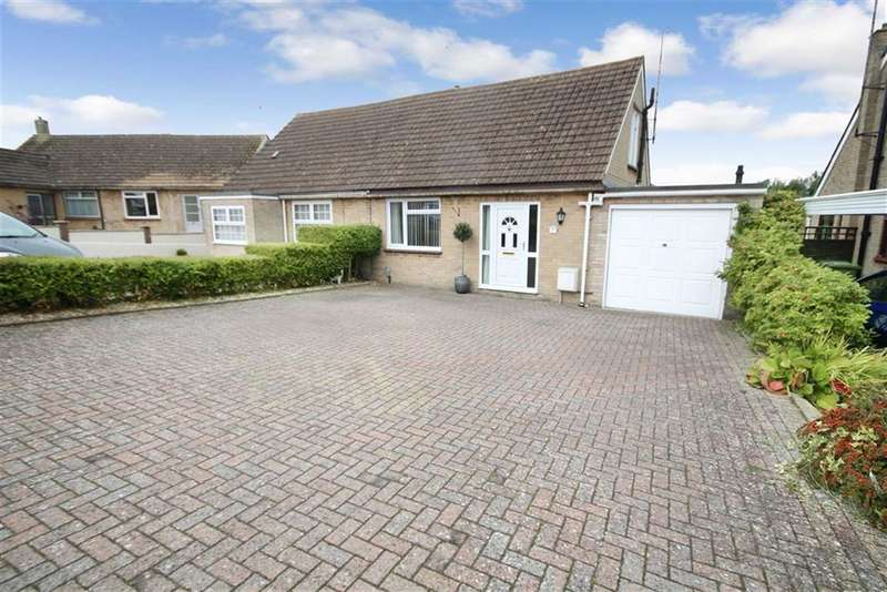3 Bedrooms Property for sale in Berkeley Lawns, Lawn, Swindon