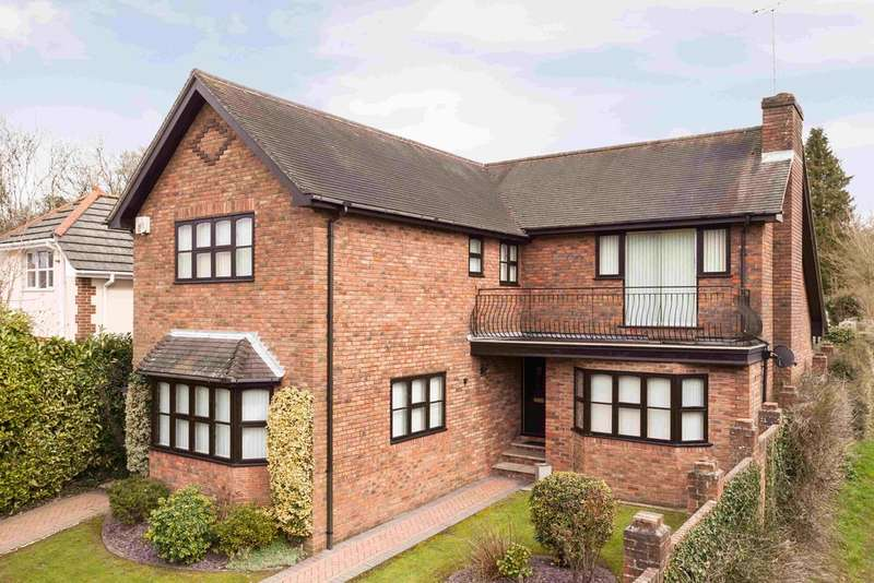 4 Bedrooms Detached House for sale in Catherington, Hampshire