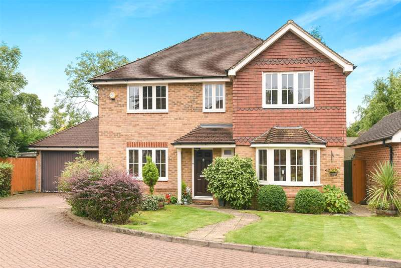 4 Bedrooms House for sale in Holm Grove, Uxbridge, Middlesex, UB10