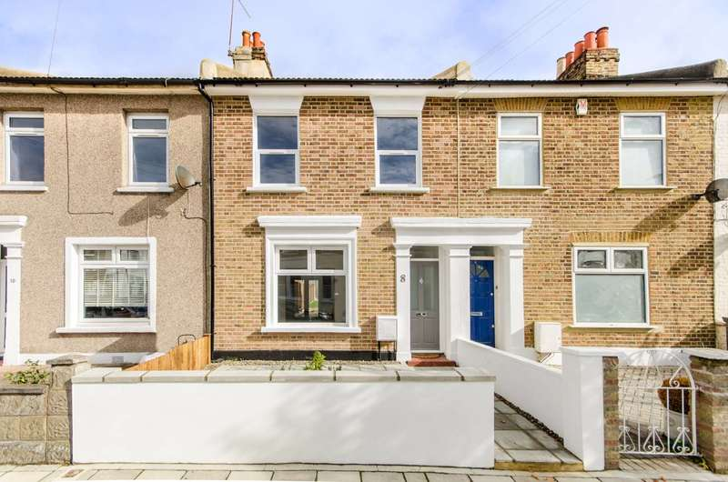 3 Bedrooms House for sale in Danbrook Road, Streatham Common, SW16