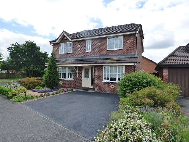 4 Bedrooms Detached House for sale in Tenbury Close, Great Sankey, Warrington