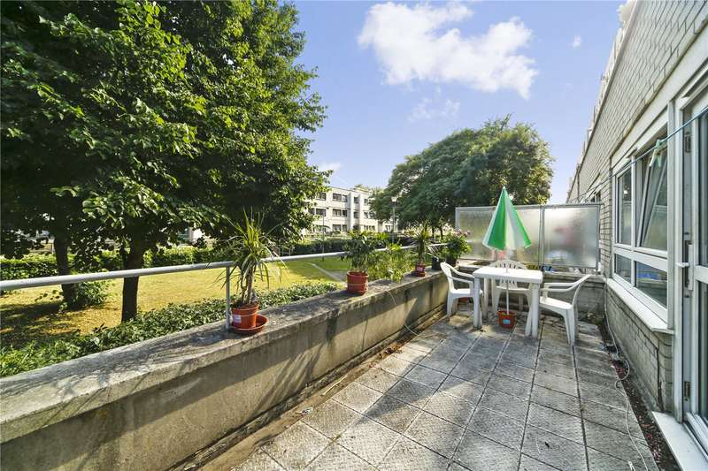 4 Bedrooms Ground Maisonette Flat for sale in Waxham, Mansfield Road, NW3