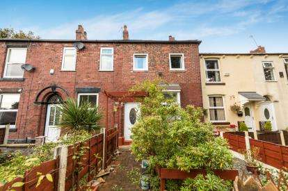 3 Bedrooms Terraced House for sale in Vale Cottages, Hyde, Greater Manchester, .