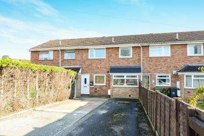 3 Bedrooms Terraced House for sale in Avon Road, Worcester, Worcestershire, Uk
