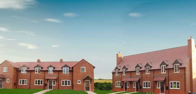 2 Bedrooms Terraced House for sale in Dorrington, Shrewsbury